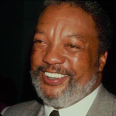 I loved Paul Winfield's style of voice over.  He was also a darned good actor.
