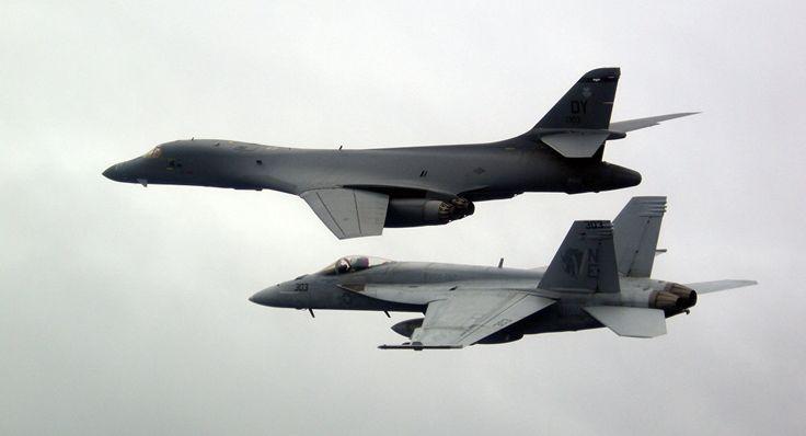 Noticia Final: Caças-bombardeiros dos EUA sobrevoam mar do Sul da...