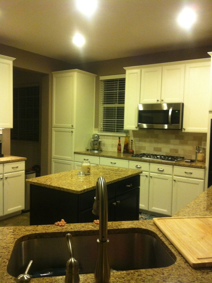 Painted Kitchen Cabinets With Benjamin Moore Advance Paint, White Dove.