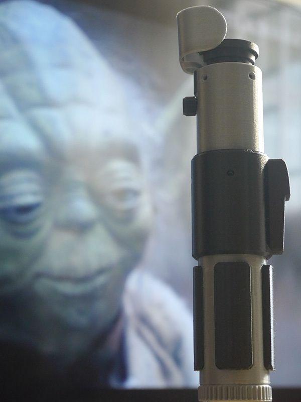 Yoda+Lightsaber+by+ustkl.