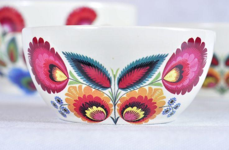 http://www.kokofolk.pl/ceramika-folk/1799-miska-lowicka-srednia.html