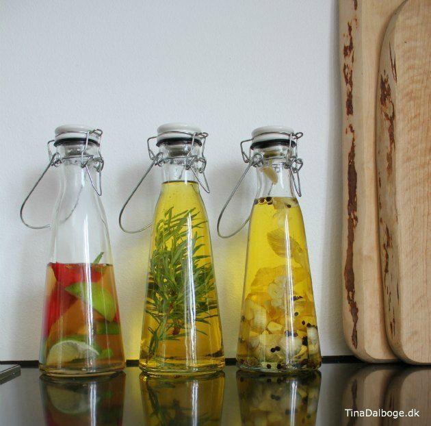 krydderolie og eddike - få en diy eller opskrift her på Tina Dalbøges blog med kreative påfund