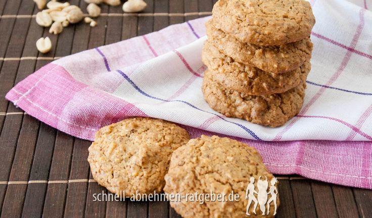 Low Carb Erdnussbutter-Plätzchen (Crunchy Peanutbutter Cookies)