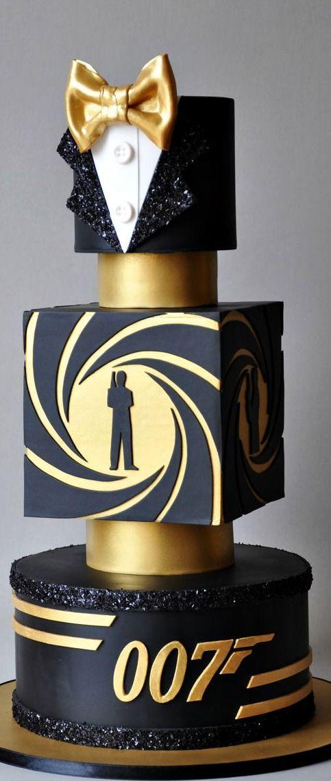 :) Bond. James Bond. CAKE | Más en https://lomejordelaweb.es/