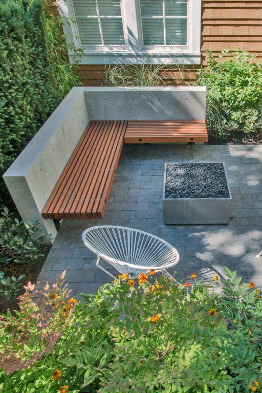 Die Firebox 30 ist eine minimale, quadratische Feuerstelle aus glattem, von Hand gegossenem Beton. Ava