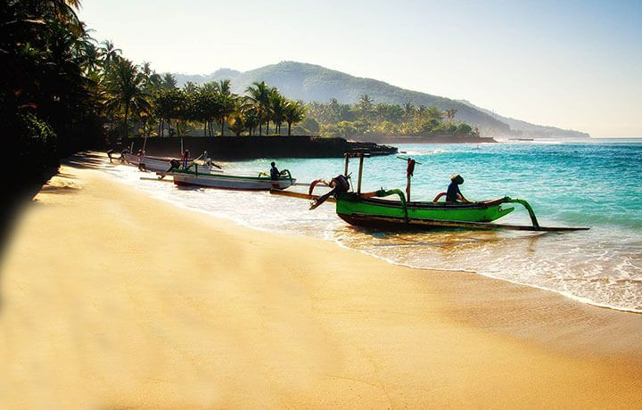 After over 20 years B&R is thrilled to be back in Bali. Venture through jungles, across mountains and along sandy beaches in this adventure tour package.