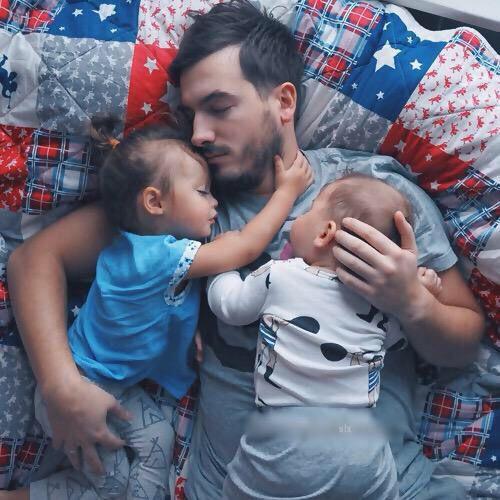 daddy, babies nap.