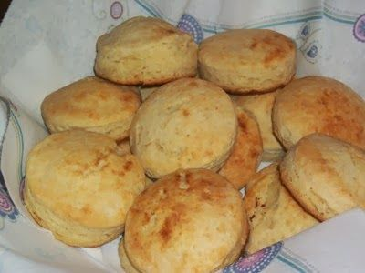 { Daily Dish } Flaky Homemade Biscuits