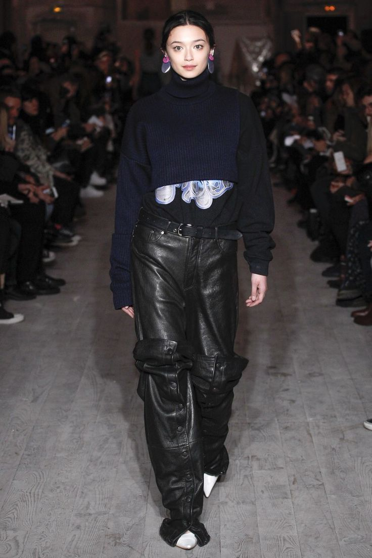 Y/Project - Fall 2016 Ready-to-Wear