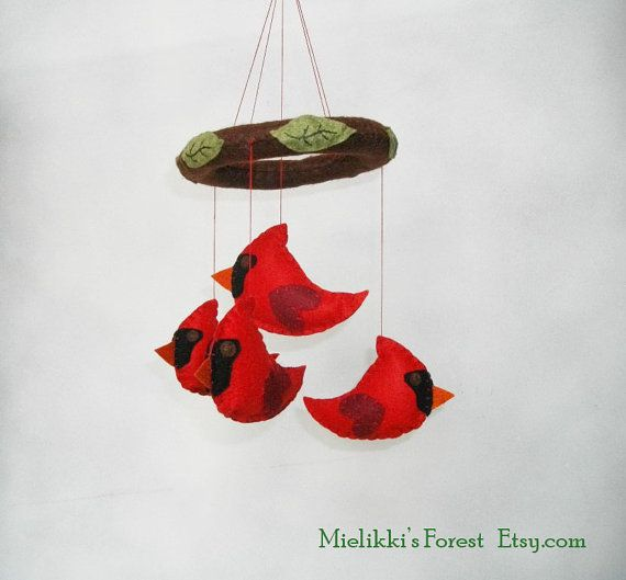 Felt mobile with Cardinals and Leaves. Baby mobile with felt Cardinals