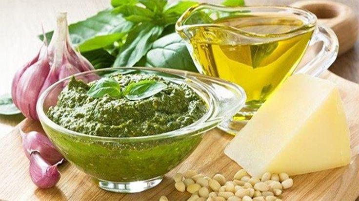 Sosuri, usturoi, ulei de măsline