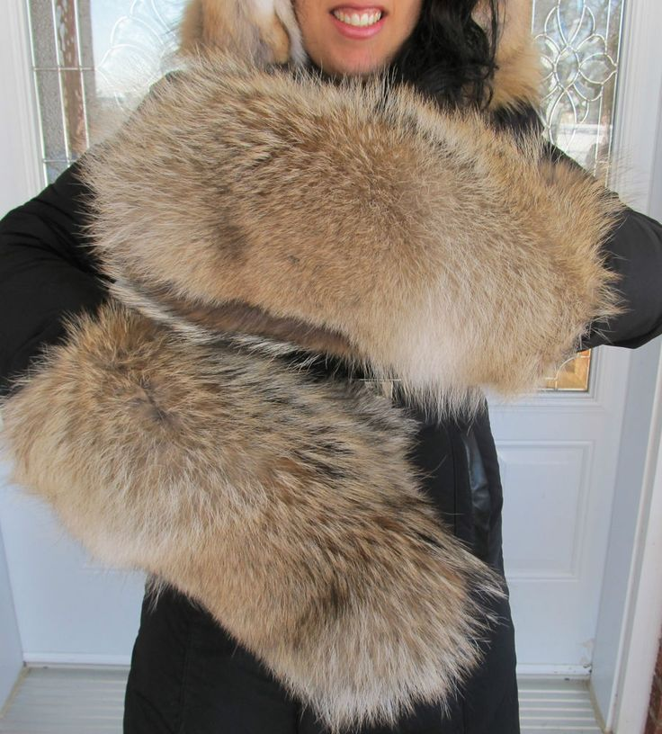 Womens big coyote full fur mittens BIG WILD STYLE