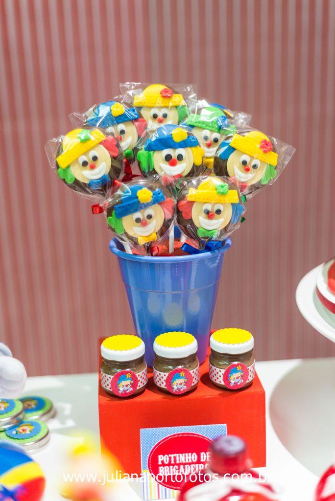 Olha esta Festa Patati Patatá, que fofura!!!Uma decoração encantadora vocês não acham????Imagens do blog Perbambini Festas.Lindas ideias e muita inspiração.Bjs, Fabíola Teles.Mais ideias li...