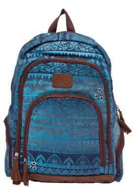 Mochila DMW ESC Capricho Azul, com mix de estampas, possui barbicachos decorativos, bolsos externos, alças de ombro ajustáveis e fecho por zíper.