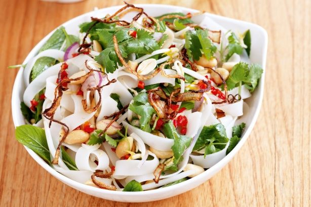 Vietnamese noodle salad - could be very nice with allowed rice noodles or low pro noodles and no peanuts.