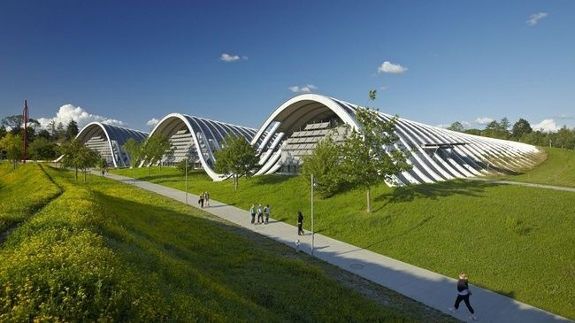 Zentrum Paul Klee, Berne, Suisse. Renzo Piano, architecte, ouverture en 2005.