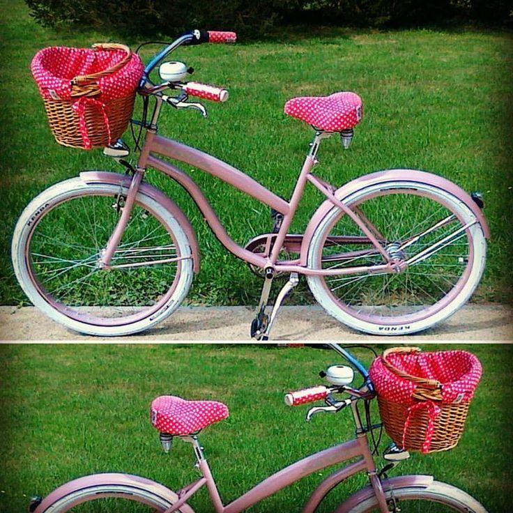 BICICLETA CRUISER ROSA CANDY DISPONIBLE SOLO EN NUESTRA TIENDA WWW.FAVORITEBIKE.COM #candy #bicicleta #bicicletaurbana #rosa #paseo #sol #sunnyday #mybike #bicycle #bici #fashion #mujer #relax #fun #preciosa #gorgeous #ootd #picoftheday #daily #malaga #españa #organic #healthy #hermosa #ciclismo