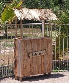 How to build a tiki bar from pallets woodworking for Building a tiki bar from pallets