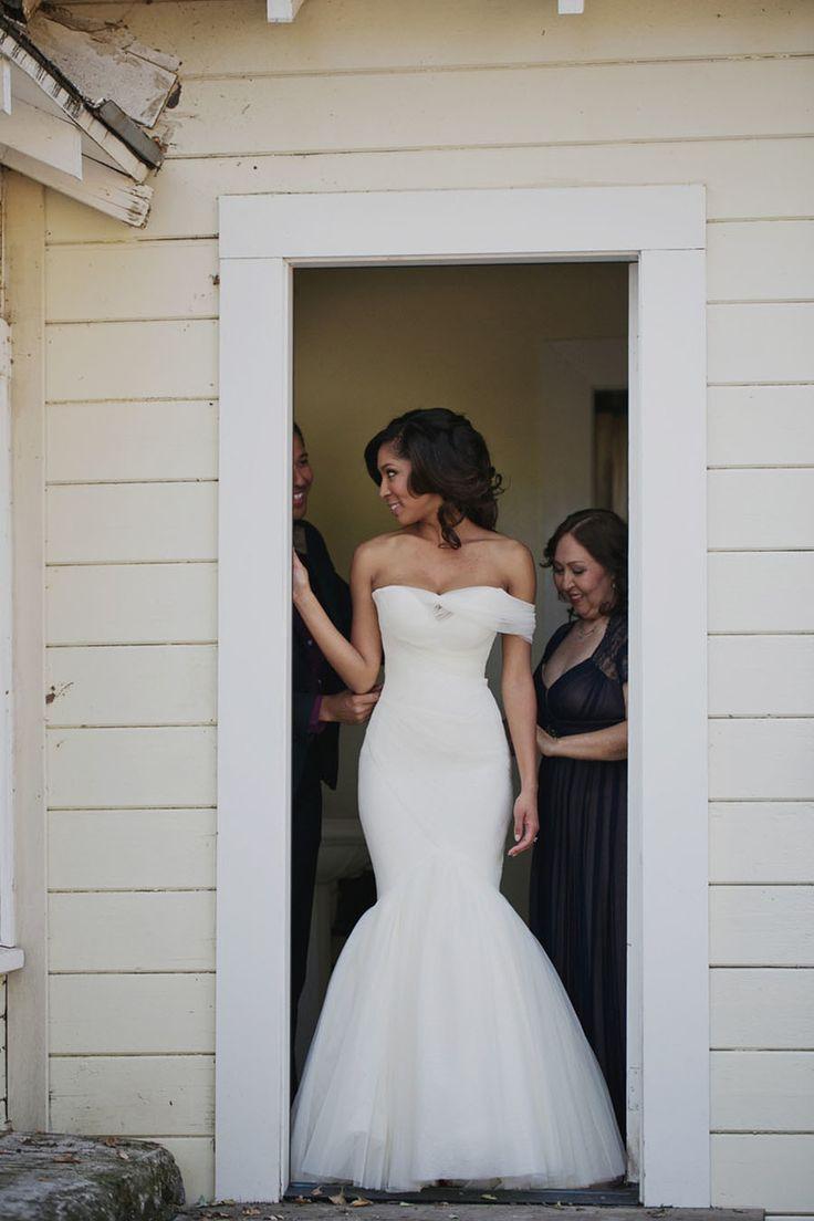 Lisa robertson in wedding dress - Elegant Bohemian Wedding In Sonoma Valley