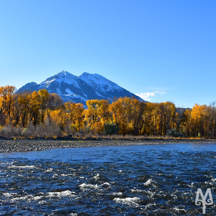 Fall On The Yellowstone River, Emigrant, Montana...Explore the Yellowstone River with maps, videos, photographs, and memorabilia on the Montana Treasures web site. Once you see the Yellowstone River in Paradise Valley, you'll never forget it. :)
