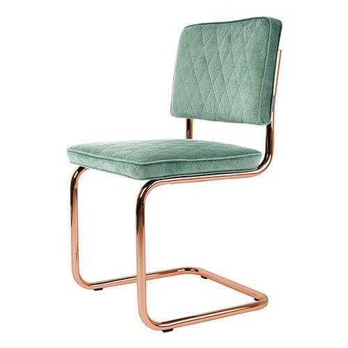 Wat: Diamond stoel Ontwerper/fabrikant: Zuiver Herkomst: Nederland Materiaal: Koper, Polyester (kunststof) Prijs: € 219,-  De Diamond stoel is een  chique variant uit de stoelencollectie van Zuiver. Het doorlopende frame maakt de stoel interessant om naar te kijken. De stoel betreft eenvoudige maar toch deftige uitstraling.