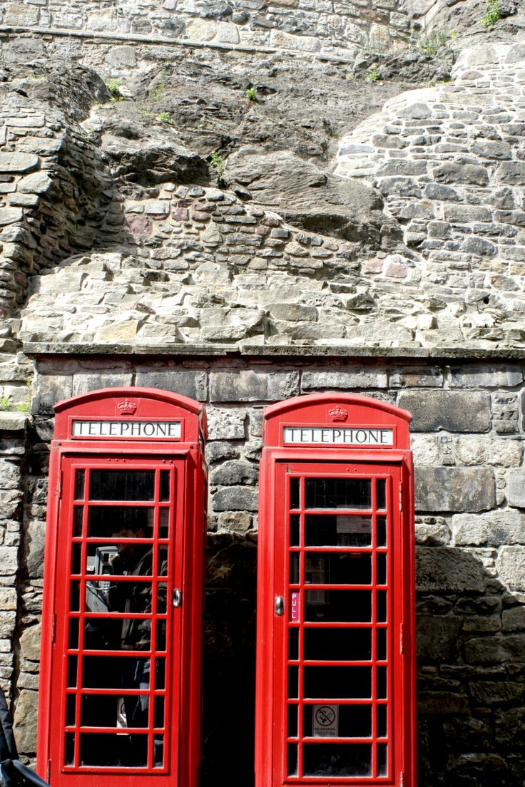 Edinburgh Castle by BourgeoisPhoto on Etsy, $10.00