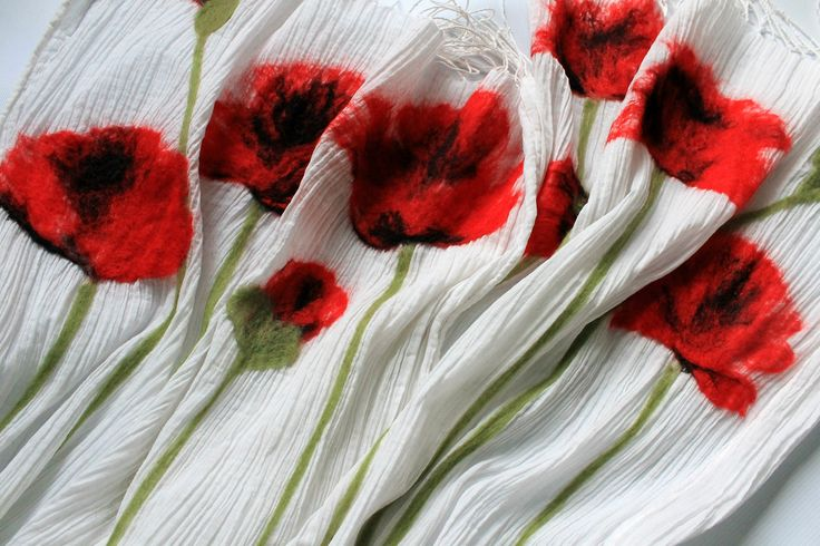 red poppies, felted flowers, felting, scarf