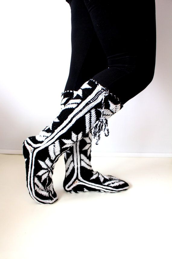 https://www.etsy.com/listing/50786533/black-and-white-slippers-handmade?ref=shop_home_active_17