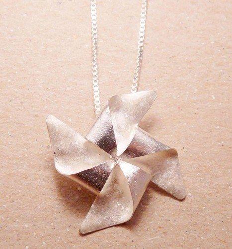 Silver Pinwheel Necklace...