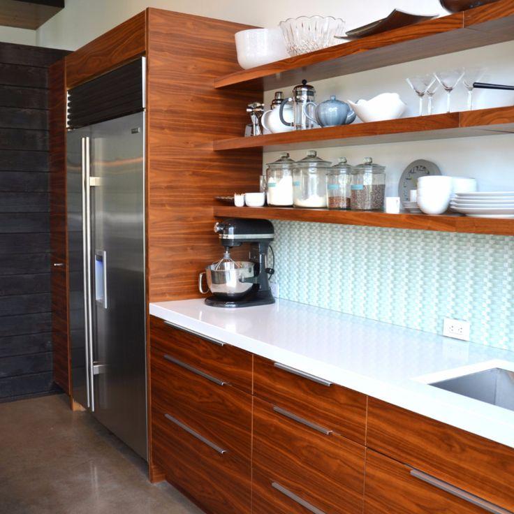 White Floating Shelves Kitchen: Best 25+ Walnut Floating Shelves Ideas On Pinterest