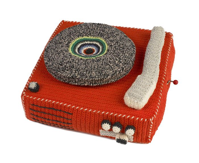 Anne-Claire Petit - Crochet Record Player