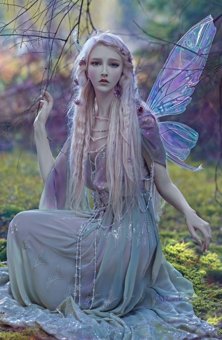 "fancyfairywings: "" Such a stunningly magical image! She is in the old Titania fairy wings"