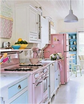 Retro kitchen @Alex Jones Jones Thornton ---don't know if I would have these colors but I love the idea !!