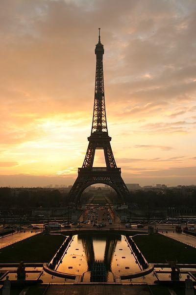 File:Tour eiffel at sunrise from the trocadero.jpg
