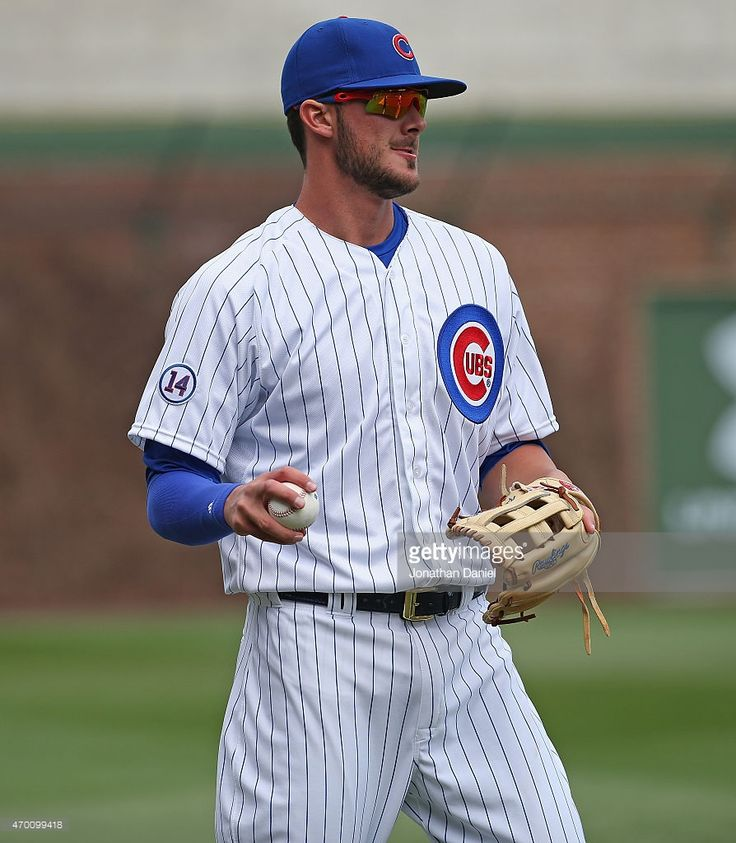 Kris Bryant #17 of the Chicago Cubs warms-up before a game against the San Diego Padres at Wrigley Field on April 17, 2015 in Chicago, Illinois.