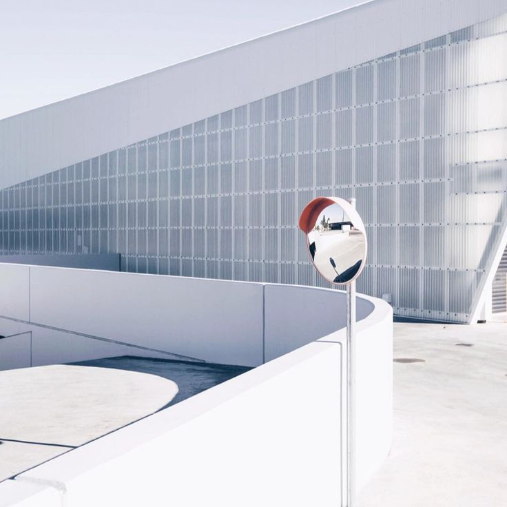 "94 Likes, 3 Comments - Willem-Dirk du Toit (@willem_dirk) on Instagram: ""White on white ⠀⠀ #structure #form #architecture #building #architexture #city #buildings…"""