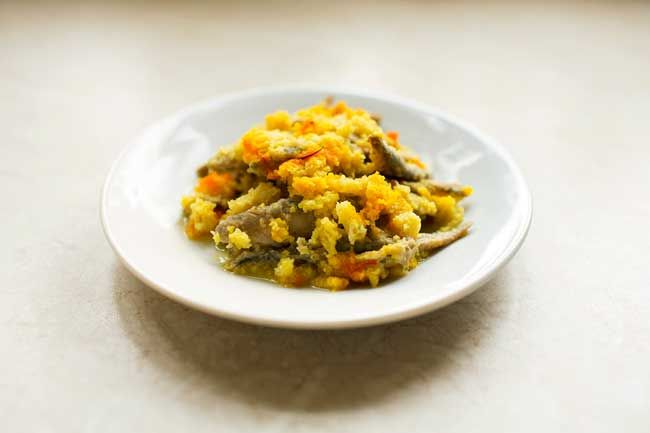 This dish's origins lie in its name – Gallipoli. The scapece dates back to medieval times when the town came under siege by various Mediterranean authorities. Inhabitants of Gallipoli took refuge behind the city walls and therefore needed to find ways to prolong the life of some foods. That's where Scapece comes in… Pickled fish. www.beautifulpuglia.com