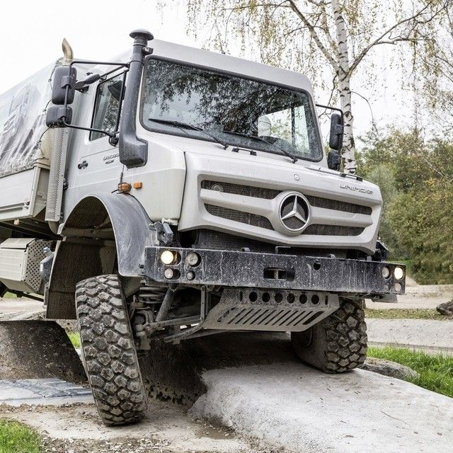 17 best ideas about mercedes benz unimog on pinterest for Mercedes benz unimog for sale usa