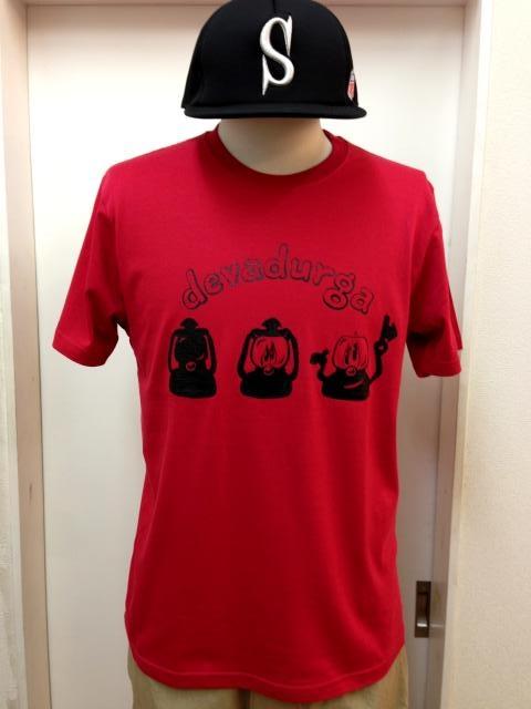 devadurga(デヴァドゥルガ) LANTERN GREET Tシャツ(レッド) - TORTUGA|devadurga,SANTASTIC!,MURAL,MACKDADDY等の人気ブランド正規取扱・通販