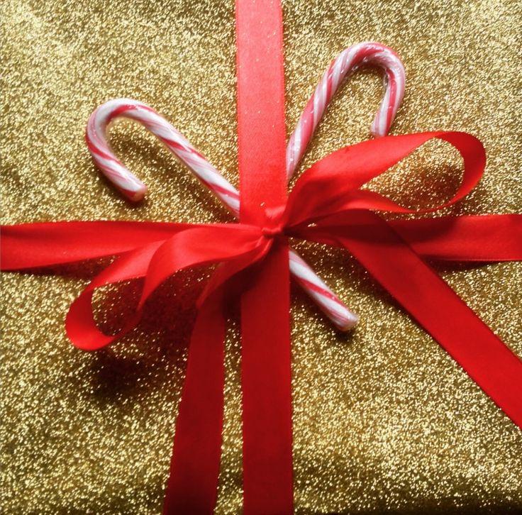Intet menneske i verdenshistorien får fejret sin fødselsdag så intenst som Jesus. Ingen anden fødselar får to måneders opvarmning til deres fødselsdag. Ingen andres fødselsdage handler mere om gæsterne end selve fødselsdagsbarnet. Men det er, som det skal være. Det var netop Jesus' ....