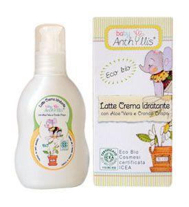 Lapte hidratant cu extracte vegetale extrem de pure, din linia Eco Biologici Cosmesi, extrase din aloe vera organica si alge rosii. O formula de hidratare, pentru ritualul zilnic de ingrijire, a pielii sensibile ca cea a bebelusilor. Are o actiune de ameliorare si de prevenire a inrosirii si iritarii pielii. Gramaj 125 ml.