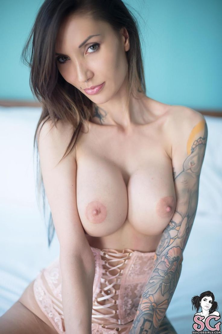 hot girl escort tit
