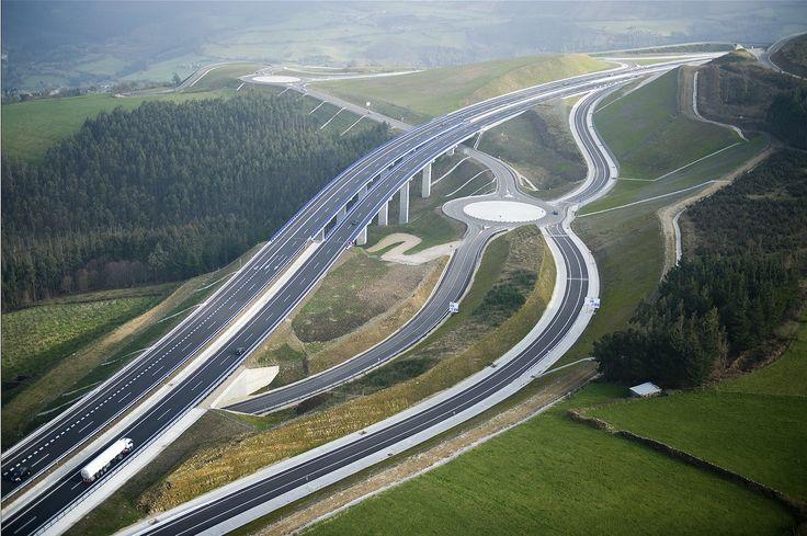 Stiati ca Spania are cei mai multi kilometri de autostrada dintre toate tarile europene?