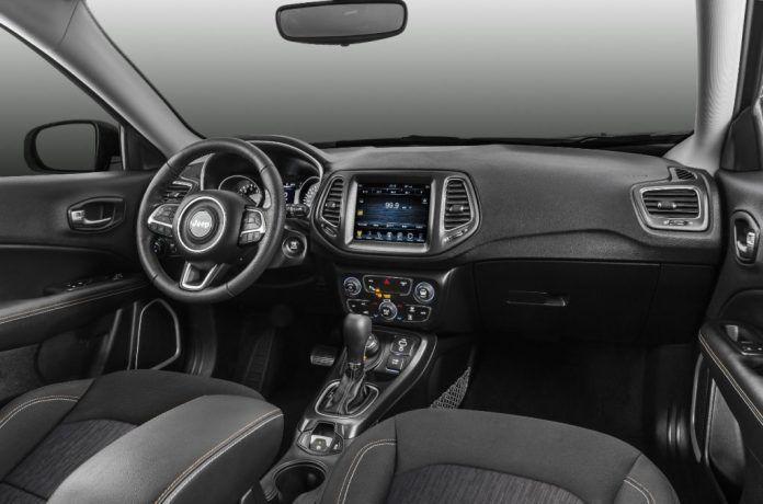 Jeep Compass Longitude 2018 Interior