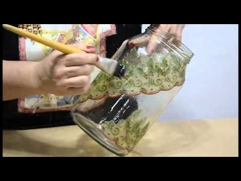 Uma decupagem diferente em vidro que não utiliza cola | Cantinho do Video