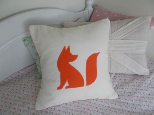 CUSHION-COVER-FOX-CREAM-ORANGE-APPLIQUE-CARTOON-SILHOUETTE-OUTLINE-HAND-MADE-NEW£3.99