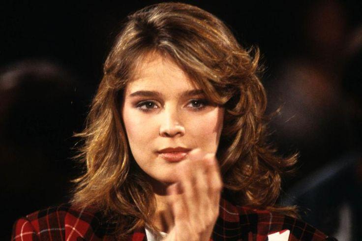 Desiree-Nosbusch-Portrait-80er-Jahre.jpg (900×600)
