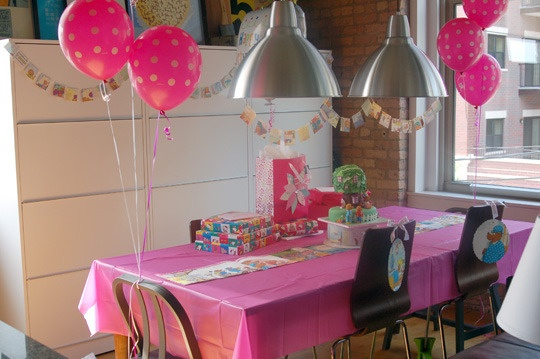 Very clever ideas for a  Berenstain Bears birthday party :D