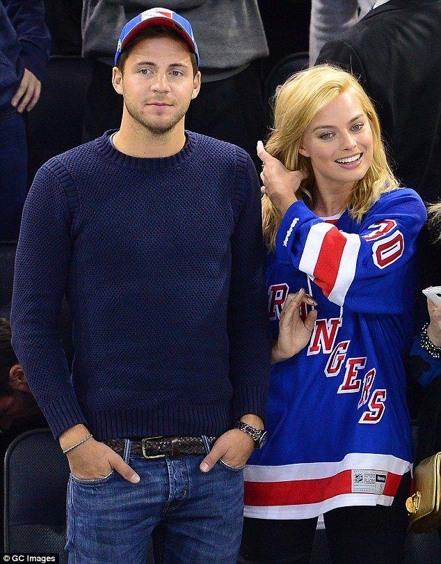 Is Margot Robbie engaged to boyfriend Tom Ackerley? | Daily Mail Online