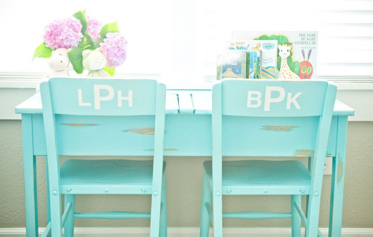 We adore this painted desk with monogram on chair backs! #nursery: Diy Projects Craft Ideas Fonts, Babies, Chairs, Playroom, Twin Nurseries, Twin Nursery, Baby Rooms, Desk, Kids Rooms